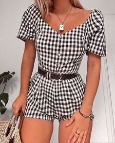 College Outfits, Outfits For Teens, Trendy Outfits, Cute Outfits, Fashion Outfits, Fashion Trends, Ladies Fashion, Fashion Styles, Classy Shorts Outfits