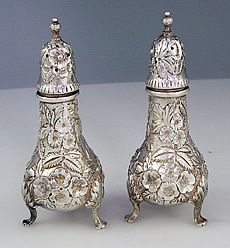 gorham silver salt and pepper shaker.  Very pretty.