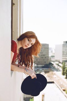 Find images and videos about style, model and hipster on We Heart It - the app to get lost in what you love. Danielle Victoria, Magnificent 7, Plain Girl, Red Dolls, Red Hair Woman, Lily Evans, Hottest Redheads, Strawberry Blonde, Lady In Red