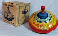 VINTAGE CHAD VALLEY BEACH HOLIDAY SPINNING HUMMING TOP TIN PLATE C1950S NURSERY