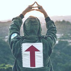 Jared on IG / TWITTER 13/11/2015 ''Mars Army Jacket | Los Angeles, CA Pre-Order in profile''