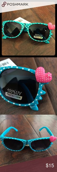 Girl's Cute Sunglasses Hello Kitty style sunglasses for little girl. Very cute for spring/ summer. NEW. Accessories Sunglasses