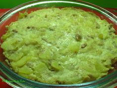 Tortilla de Calabacín con Atún y Tomillo en Lékué - http://www.mytaste.es/r/tortilla-de-calabac%C3%ADn-con-at%C3%BAn-y-tomillo-en-l%C3%A9ku%C3%A9-39158384.html