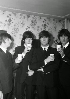 John Lennon nicked my pint, says fan at 'lost' Beatles gig in Birmingham Beatles Love, Les Beatles, Beatles Photos, Beatles Band, Long Tall Sally, Great Bands, Cool Bands, Wells, I Am The Walrus