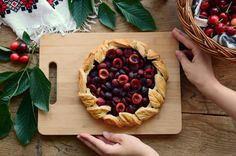 Tarta cu cirese - Mihaela Toader Dairy, Pie, Cheese, Desserts, Food, Design, Torte, Tailgate Desserts, Cake