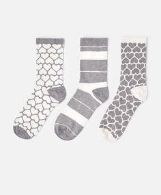 Chaussettes - OYSHO Vans Outfit, Hosiery, Helpful Hints, Diesel, Rest, Socks, Useful Tips, Handy Tips, Sock