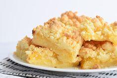 Heerlijke low FODMAP lemon curd crumble bars! Perfect om te serveren op een feestje of gewoon bij de koffie in de zomer. Glutenvrij.