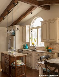 At Home Arkansas Kitchen Paint, Kitchen Redo, Kitchen Styling, New Kitchen, Kitchen Design, Kitchen Ideas, Off White Kitchens, Home Kitchens, Dream Home Design