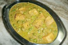 Mutter paneer ( peas & paneer cooked in a rich cashew sauce )  - looks much better then the picture, very yummy