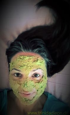 """""""WAS GIBT MIR MEIN KÜHLSCHRANK HER…TEIL 1""""   Die Avocado-Maske & Ayurvedische Ölkur für die Haare…"""
