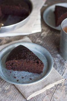 Ricetta Torta light al cioccolato senza burro, senza uova, senza latte e senza lievito - Labna
