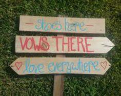 wooden sign wedding beach - Buscar con Google