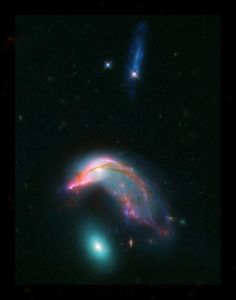 Space Galaxy Astronomers using the NASA/ESA Hubble Space Telescope and NASA's Spitzer Space Telescope have produced this vivid image of a distant pair of interacting galaxies known as Arp Cosmos, Space Images, Space Photos, Spitzer Space Telescope, Spiral Galaxy, Hubble Images, Hubble Pictures, Wallpaper Space, Black Wallpaper