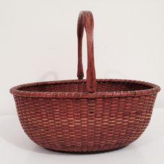 Antique Dealers Association of America - Ad not found Old Baskets, Vintage Baskets, Antique Dealers, Nantucket Baskets, Decorating Supplies, Native Americans, Folk Art, Needlework, Butterflies