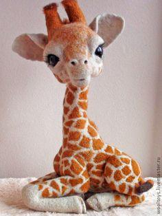 """Игрушки животные, ручной работы. Ярмарка Мастеров - ручная работа. Купить Жираф """"Наоми"""". Handmade. Бежевый, подарок, стеклянные глазки"""