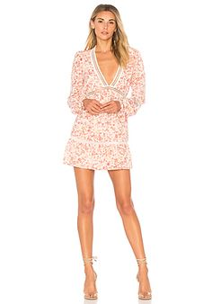 For Love & Lemons Charming Loose Fit Cut-Out Dress em Ivory | REVOLVE