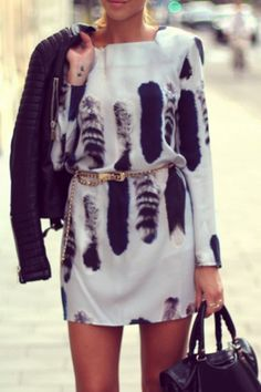 Tail Print Square Neck Long Sleeve Dress