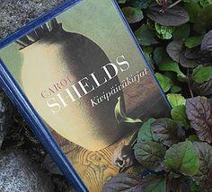 Kirja vieköön!: Carol Shields - Kivipäiväkirjat