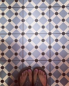 "(@patternatelier) on Instagram: ""Another floor shot ! #tiles #ihaveathingwithfloors #lattice #eightpointstar #ihaveathingwithtiles…"" Surface Pattern Design, Tiles, Flooring, Texture, Crafts, Instagram, Atelier, Room Tiles, Surface Finish"