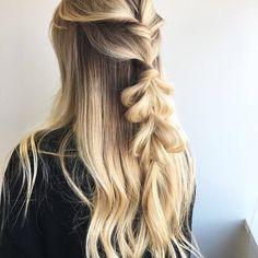 Dreamy Curls Headbands - Heatless way to curl your hair Modern Hairstyles, Pretty Hairstyles, Braided Hairstyles, Hair Inspo, Hair Inspiration, Inspo Cheveux, Biolage Hair, Hair Junkie, Mixed Hair