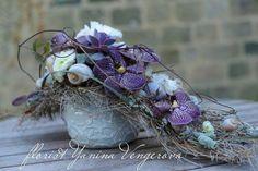 . Wedding Flower Arrangements, Floral Arrangements, Grave Decorations, Orchid Centerpieces, Purple Wedding Flowers, Funeral Flowers, Simple Flowers, Flower Boxes, Flower Art