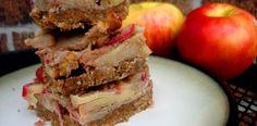 No Bake Sticky Apple Bars from @PaleOMG paleo dessert dates