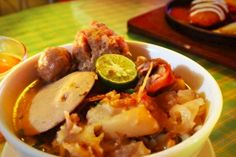 Mie Kocok Bandung is one of Bandung traditional food, that is very popular. Mie Kocok Bandung is a simple dish, consist of noodle, beensprout, beef tendon, meatball, and beef soup. http://www.goindonesia.com/id/hotels/indonesia/jawa/bandung/makanan_khas_bandung/mie_kocok_bandung