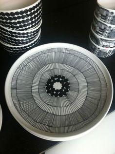 4 marimekko Teller 25cm, oiva Siirtolapuutarha schwarz/weiß