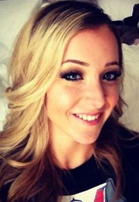 #5 Jenna Marbles  I LOVE her!! She's hilarious, I always watch her youtube vids! I would literally marry this woman because she's so awesome and amazingly beautiful! And I love it when her dogs are in her videos!