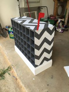 Classy classroom chevron mailboxes love the addition of the flag to let the paper passers know they have a job. Classroom Mailboxes, Classroom Layout, Classroom Design, Kindergarten Classroom, Future Classroom, Classroom Themes, Chevron Classroom, Student Mailboxes, Elementary Teacher