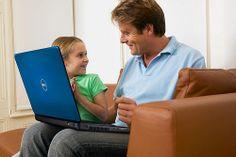 Si tienes niños en casa, esta nota te gustará, ya que una de las grandes comunidades de usuarios en la web es la de los niños. Les daremos recomendaciones acerca de páginas increíbles y divertidas para los más pequeños. La primera, es Minijuegos con juegos sencillos y muy divertidos; la segunda es NASA que tiene juegos, videos e imágenes nada aburridas y aprenderán mucho del espacio y la tercera es Discovery Kids, para niños de kínder, llena de colores, botones y mucha interacción…