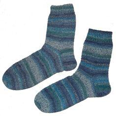 Mijn laatste paar sokken (zie foto) heb ik gedeeltelijk gebreid op een rondbreinaald .  Maar halverwege de voet ben ik toch overgegaan op...