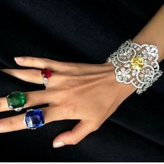 Check out some more cute rings.