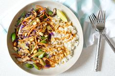 Colorful, flavorful and easy. These Thai Peanut Veggie Rice Bowls are freaking delicious! You'll wanna use the extra Thai Peanut Sauce on EVERYTHING! Dairy Free Recipes, Vegetarian Recipes, Cooking Recipes, Healthy Recipes, Healthy Foods, Veggie Rice Bowl, Rice Bowls, Veggie Fries, Veggie Stir Fry