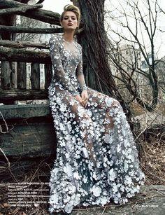 Bregje heinen stars in l'officiel azerbaijan december 2016 issue dream dress, casino dress Evening Dresses, Prom Dresses, Formal Dresses, Wedding Dresses, Bouquet Wedding, Ball Dresses, Floral Wedding, Couture Mode, Couture Fashion