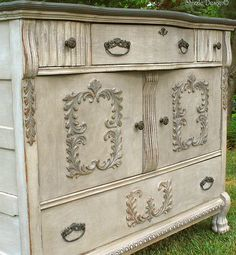 How to Chalk Paint Furniture | ... chalk,+paint,+painted+furniture,+DIY,+Seattle+Mist,+Vermont+Slate