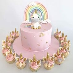 Glitter unicorn Unicorn Cake Roll - an easy cake roll recipe that is all things rainbow and UNICORN! Colorful cake and frosting, pudding whipped cream, sprinkles, marshmallows and all things glitter and fun. Unicorne Cake, Cupcake Cakes, Kid Cakes, Cake Smash, Cake Pops, Cake Roll Recipes, Dessert Recipes, Party Desserts, Unicorn Foods