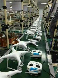 drone pilot,drone technology,drones quadcopter,drone ideas,drone tips Drone Rc, Drone Quadcopter, Drone With Hd Camera, Camera Apps, Latest Drone, Phantom Drone, Phantom 3, Remote Control Drone, Radio Control