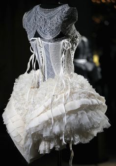 I know this is not a corset, but it's still beautiful!