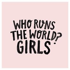 This weekend is the @theleaguewomen RUN THE WORLD female entrepreneur conference in Brisbane. If anyone whose also from Brisbane and wanted to buy tickets check out runtheworld.com.au  Lettering by me, please be sure to credit when reposting x