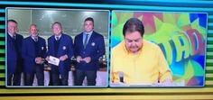Confusão em links de Faustão e Galvão vira piada na internet #Brasil, #David, #Neymar, #Show http://popzone.tv/confusao-em-links-de-faustao-e-galvao-vira-piada-na-internet/