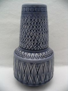 "Vintage Rorstrand Sweden Scherzo 641 7 1 2"" Vase Bulb Bottom Diamond Blue 