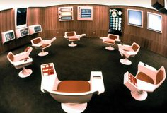 1970 Chile's Cybernetic Control Room :ook's like a living room made of Captain Kirk's chair