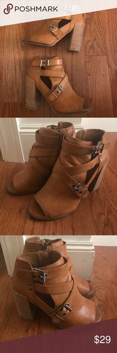DOLCE VIDA BOOTIES SIZE 8 General wear and tear but still functional and stylish booties from Dolce Vida/Nordstrom! DV by Dolce Vita Shoes Ankle Boots & Booties