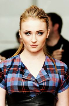 Sophie Turner at Glastonbury Festival 2014 | The Humorous Sophie Turner #SophieTurner #WhiteWalkersGOT #WhiteWalkersNET