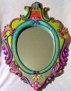 Espejo Vintage de pintado a mano por JoanieLovesChotkies en Etsy