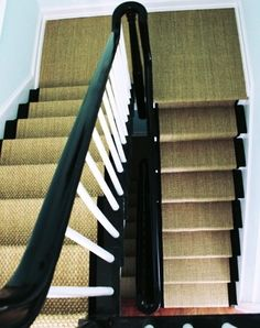 seagrass runner/black lacquer