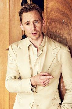 Tom Hiddleston Photographed By @EricRyeDavidson 2016 ..