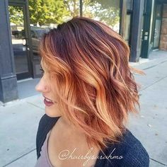 What is the pumpkin spice hair and why you might soon fall in love with this beautiful trend of autumn hair fashion - winter - Haare - couleur de cheveux Ombré Hair, New Hair, Winter Hairstyles, Pretty Hairstyles, Hairstyles 2018, Latest Hairstyles, Corte Y Color, Fall Hair, Balayage Hair