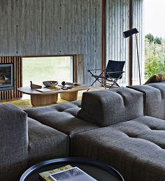 Sofa: TUFTY-TOO - Collection: B&B Italia - Design: Patricia Urquiola